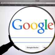 Google Suche: Standort statt Domain